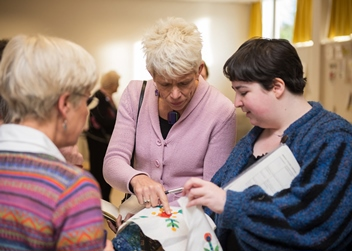 Poet Rachel Tennant visits the Thistle Quilters in Edinburgh