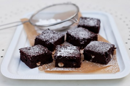 Forkful.tv - Beetroot brownies